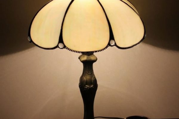 Lampe modèle Tiffany