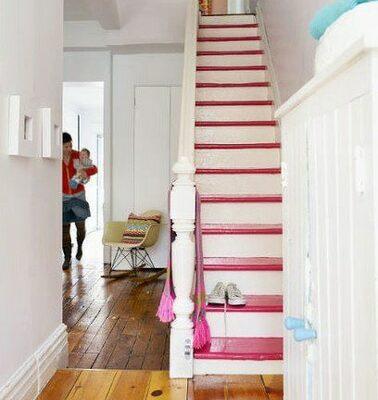 Escalier blanc / rose