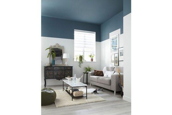 Rabaisser le plafond avec de la couleur